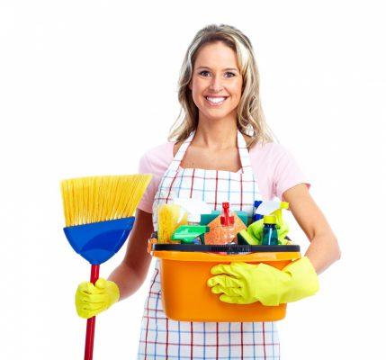 Требуется уборщица со знанием английского