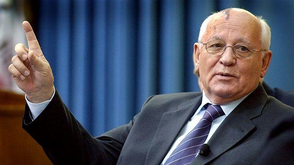 В Прагу с официальным визитом приедет Горбачев