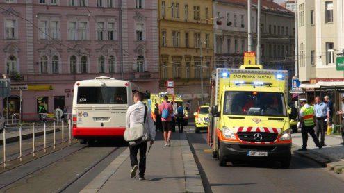 В Праге автобус сбил подростка