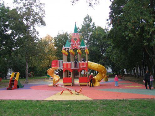 Детская площадка — проект «Jedna dobrá věc»
