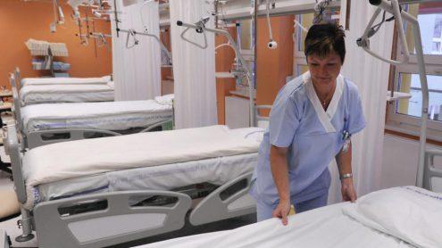 Чехия намерена привлечь медперсонал из Украины