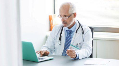 3066077_lekar-doktor-pocitac-ordinace-v2