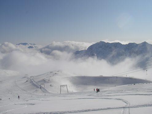 На Мораве одиннадцатилетняя лыжница разбилась на склоне горы