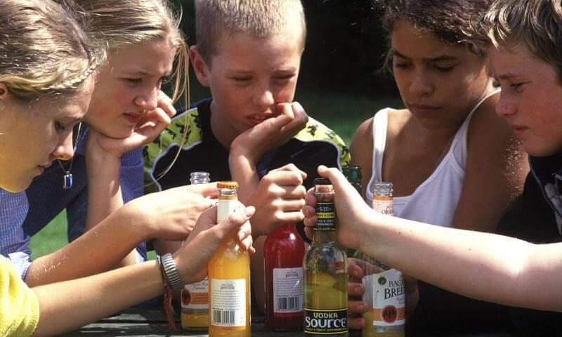 Цена за вредные привычки подростка - Пражский Телеграф