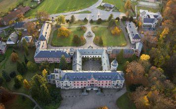 Прогулки по замку Сихров - Пражский Телеграф