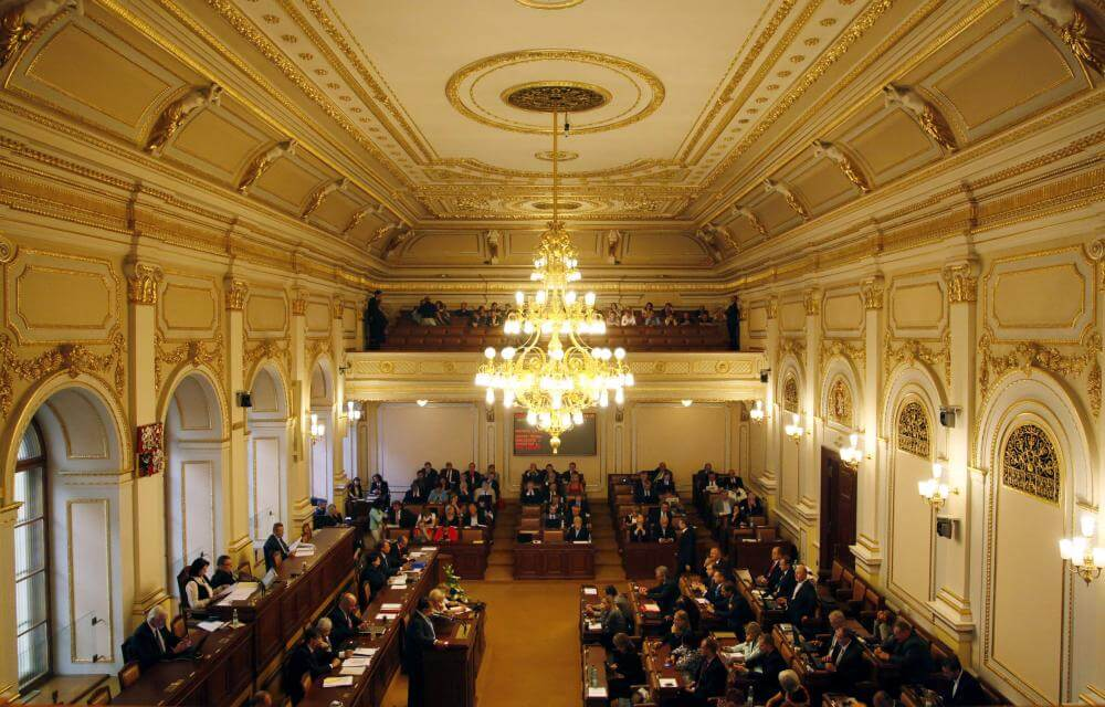 Угрозы гибридные, комиссия парламентская - Пражский Телеграф