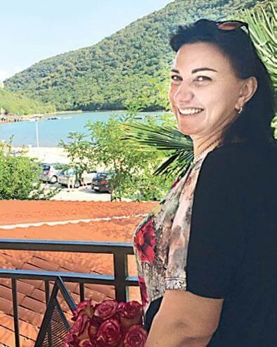 Оксана Орехова: «Вышивать на машинке – тот же самый труд» - Пражский Телеграф