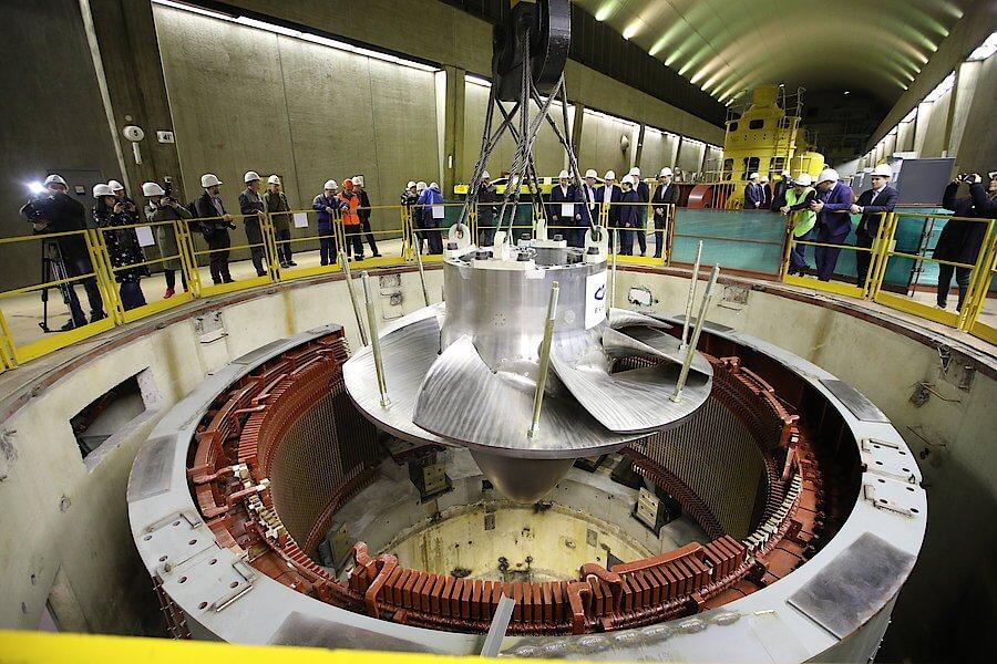 Новое рабочее колесо для ГЭС - Пражский Телеграф