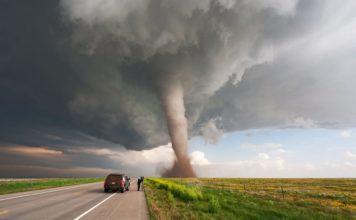 Не надо, но торнадо: виноват ли человек в природных катаклизмах - Пражский Телеграф
