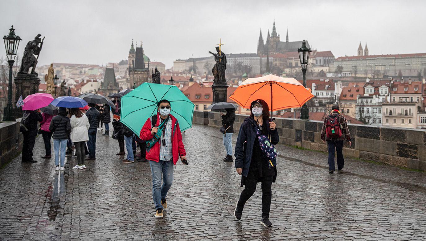 Чехия закрывает границы - Пражский Телеграф