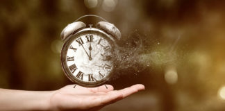 Время уклоняться от объятий - Пражский Телеграф