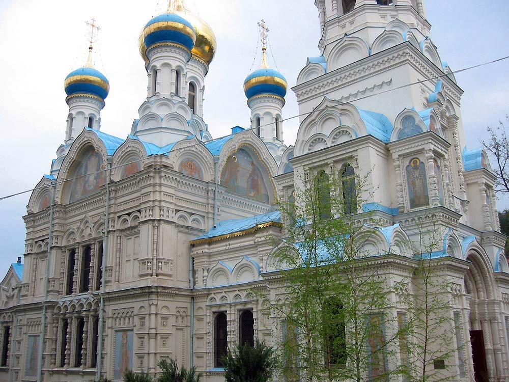Почетное гражданство Карловых Вар будет выдано православному священнослужителю
