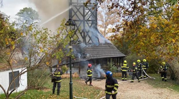 Советники Праги одобрили создание фонда для восстановления разрушенной церкви