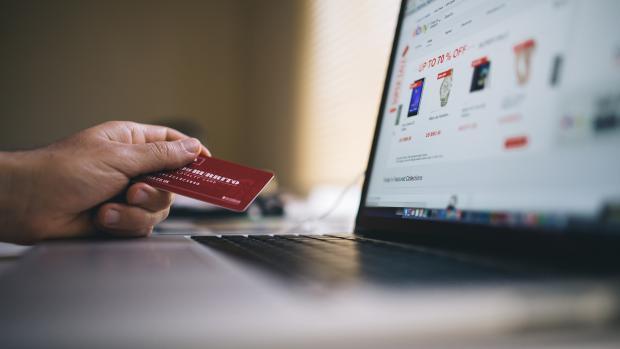 Интернет-магазины ужесточают правила покупки еды