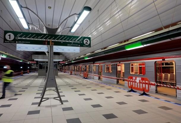 Общественный транспорт Праги прекратит ежедневное движение в 22:00 с понедельника