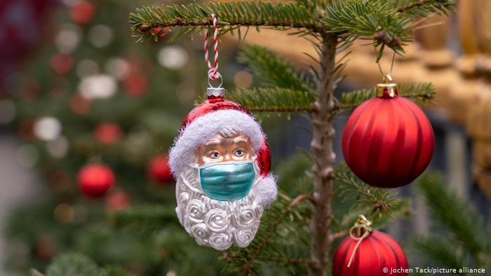Как не подвергнуть опасности близких на Рождество? Что советуют специалисты