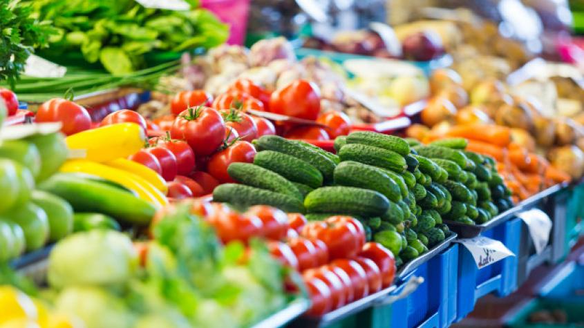 Магазины канцелярских товаров и рынки откроются в понедельник