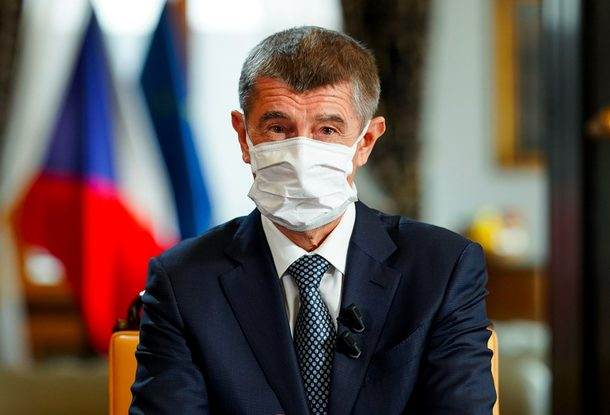 В Чехии с лета начнут вакцинировать от коронавируса всех желающих